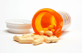 How to identify prescription drug addiction