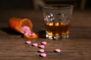 Adderall and alcohol: what happens when you mix them