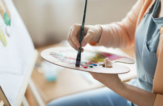 Expressive art therapy for addiction