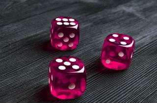 Is compulsive gambling progressive? The cycle of a gambler
