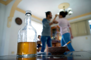 Alcohol abuse in the family - What you can do?