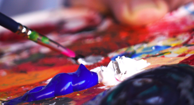 Art therapy in addiction rehab and recovery settings: INTERVIEW with Royal Life Centers
