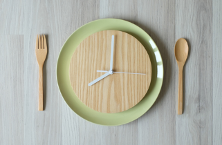 Healthful eating in addiction recovery: A meal plan for addicts and treatment programs