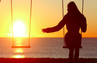 My spouse is an addict: 4 signals that fear of leaving has changed into the fear of not