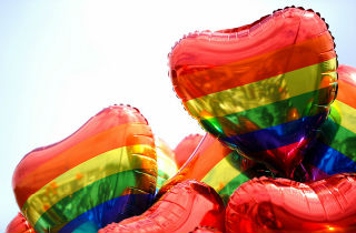 Addiction risk factors in the LGBT community