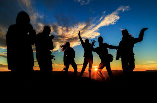 How to Party Without Jeopardizing Your Recovery